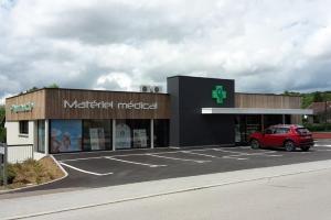 Pharmacie à Pirey (2017)