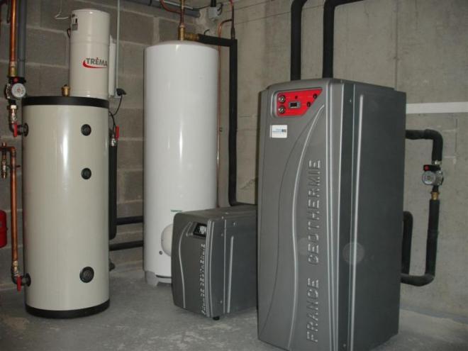 Géothermie sur nappe phréatique à Pérouges (2008)